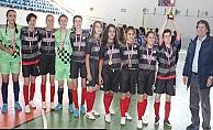 Kızlar Futsal'da şampiyonluk Biga'da