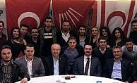 KKTC'de CHP'li gençlerle buluştu