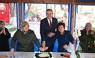 Mahalleli kadınlardan pastalı teşekkür
