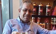 Ramazan Aladağ Kahve Keyfinde