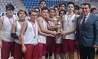 Cumhuriyet Ortaokulu şampiyon