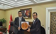 İstanbul Erkek Lisesi Yönetimi'nden Köklü'ye ziyaret