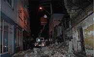 Tarihi bina çöktü