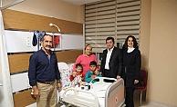 Vali Tavlı'dan hastalara ziyaret