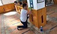 Çan Ülkü Ocakları camileri temizliyor