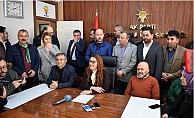 Karadağ'dan 8 Mart'ta şaşırtan istifa