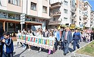 23 Nisan Kortej Yürüyüşü