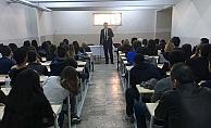 Öğrencilere Avukatlık mesleği anlatıldı