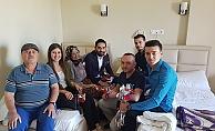 AK Partili gençlerden Anneler Günü ziyareti