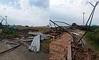 Fırtına samanlık çatısını ve duvarını yıktı