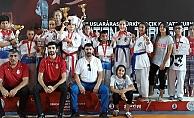 Karateciler boş geçmedi
