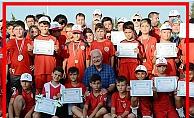 Lapseki'de futbol okulları sona erdi