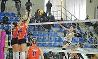 Çanakkale Belediyespor : 0 – Vakıfbank : 3
