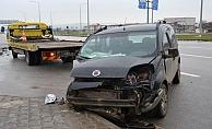Çanakkale'de trafik kazası: 3 yaralı