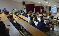 ÇOMÜ personeline hizmet içi eğitim
