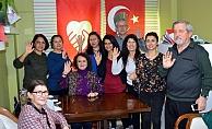 Mehmetçik'ten göz yaşartan destek (VİDEO)