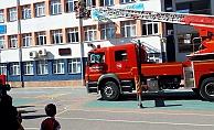 Çocuklara yangın güvenliği eğitimi