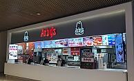 """Türkiye'de """"Etçiyiz Biz"""" diyenlere özel lezzetler 17 BURDA AVM ARBY'S'TE"""