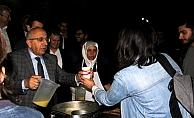ÇOMÜ'de öğrencilere çorba dağıtıldı