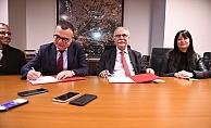 Kepez Belediyesi'ne hibe edilen otobüsler için protokol imzalandı