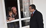 Başkan Öz, mahallelerde vatandaşlarla buluşmaya devam ediyor