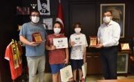 Başkan Öz'den, başarılı öğrencilere tebrik