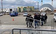 Göçmen kaçakçılığına operasyon: 1 tutuklu, 2 sınırdışı