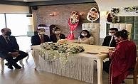Vali İlhami AKTAŞ, Bozcaada Kaymakamı Bahar Kaya'nın nikah törenine katılarak nikah şahidi oldu